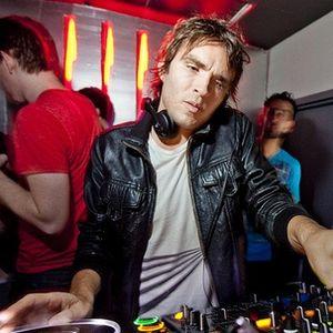 Lee Foss - Essential Mix - 10-11-2012