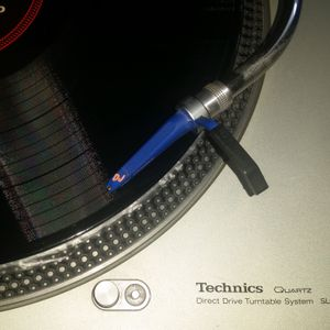 DJ AL Nuvo - Estilo Reggaeton (Orlando Hit Mix)