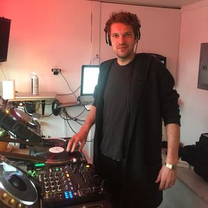 Emil Bovbjerg @ The Lot Radio 12:23:2016