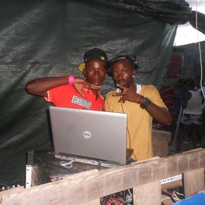 Mix afro house by dj d@ feat dj Elzo