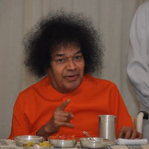 Sri Sathya Sai - The God of small things
