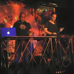 Zwitterion At Blue Frog Mumbai (Opening Set For Captain Hook)