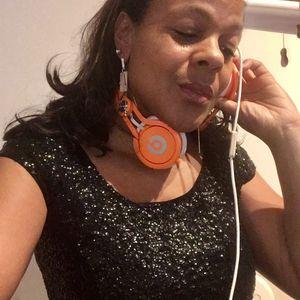 14/12/16 Dee's Guilty Pleasure show on TSOL Radio & TSOG Radio ... Deeliciously Guilty