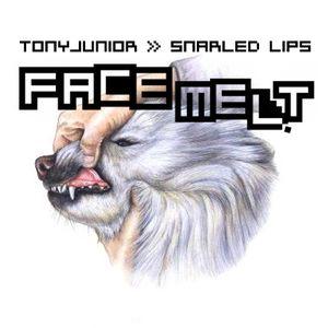 Snarled Lips