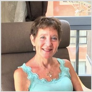 Choose to be Curious #83: Curiosity & Collecting, with Barbara M. Benedict