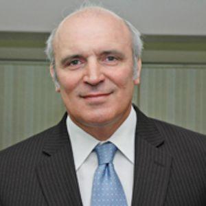 @HugoE_Grimaldi entrevista a @jlespert (Economista) Periodismo A Diario
