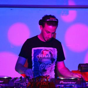 Michael Jason Grant - LIVE mix @ FREQUENCY cork - Saturday, 4 August 2012