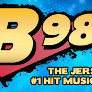Mashup Wreckaz on B98.5 FM 09.25.2010 Part 4