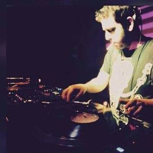 Flavio Deff |Quality Deep House Podcast |Vinyl Only
