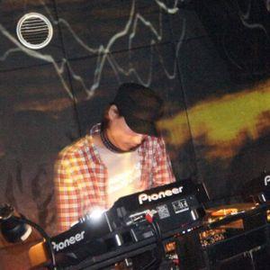 100BPM Slow Techno Live Mix by Dopant @midnight246 2011/11/08