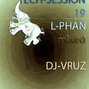 TECH-SESSION-19-L-PHAN