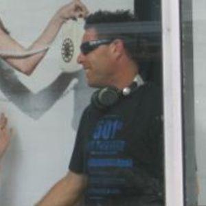 UPFM Minimix001 - DJ Amp