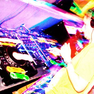 ***UKG*** Live from www.desireuk.net 14 September. DJ Nutty P