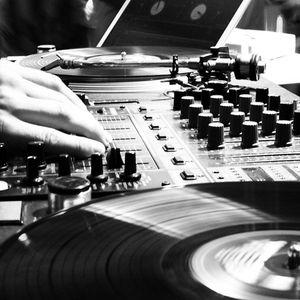 Who Fu*k are we?@Podcast 001 (Midnight Mixtape)