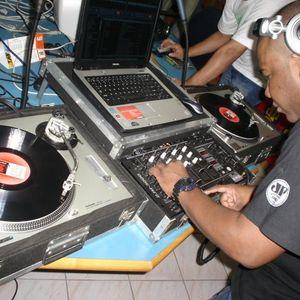 Na Balada Jovem Pan -Santos 95.1 Set Mixado-House & Eletro 11.05