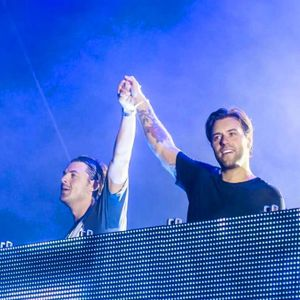 30 minutes of Axwell  /\ Ingrosso