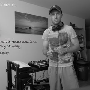 Lifted House Radio Sessions with DJ Peter 'Pistol' Johnston