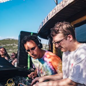 Floating Points & Four Tet (Live from Love International) - 2nd July 2018