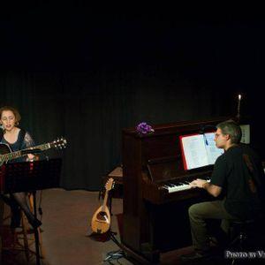 20-09-2017 Η μουσικός-τραγουδοπ. Ε. Βερούλη και ο συνθέτης-στιχουργ. Γ. Λουτσέτης στην Ε.Ρ.Τ. Χανίων