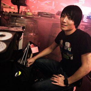 Kajan Chow at Vinyl at the Beach Closing Party 11.09.2010
