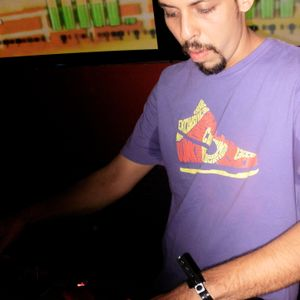 Dj Babz - Mixed Grooves Sessions pt 2