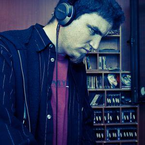 Duje Lalin - live at Nosopolis show on Radio KL 104.1FM [15.04.2011]