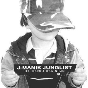 J-Manik Live on 4tune8 18-07-12