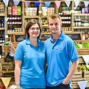 Lisa Grayson of Court Farm Shop features on Business Spotlight with Chris Sweet 201115
