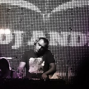 Dj Andi @ Sound Arena (Loca Beach 17.08.2012)