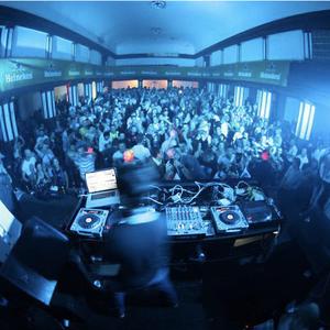Davor B live@ Club Studio (Doboj 20.10.2011)