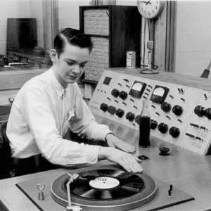 Radio, Radio