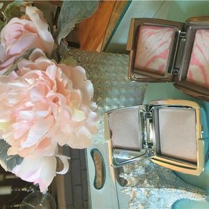 Wicked Blushing Brides: Newest Make Up Bag Must Haves !