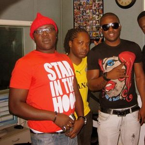 Teddy Abrokwa ft Naa-K & R2Bees 'LiveFromLondon' RadioShow 28.08.10 mp3