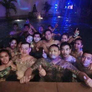 DJ.ZEEPON ปาร์ตี้สระน้ำ By Donutasia
