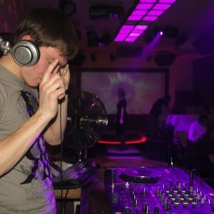 DJ Leeron - October Promo Mix 2010