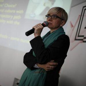 """dr hab. Izabela Wagner - """"Wybór"""" polityczny, ekonomiczny czy zawodowy?"""