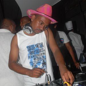DJ Elisée - Live Mix (Kool Friday 08.04.11)