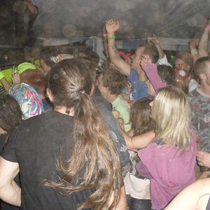 DJ Holocaust - Unhinged - 26th Nov 2011