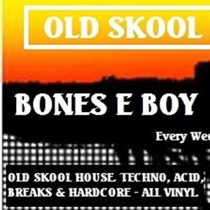 KFMP - OLD SKOOL . Bones-E-boy . Old Skool mess-around #27 (80's House & Soul). Kane fm