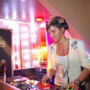 DJ Hella [MustBeat] - Shut UP!