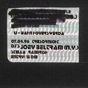 Joey Beltram @ Tresor Party - U-Bahn Hoyerswerda - 04.07.1996