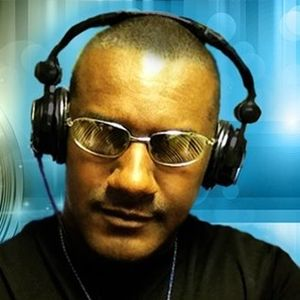 Karl Forde Progressive House mix 4/25/12