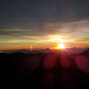 djsom1-rising.sun.mix-10.30.12