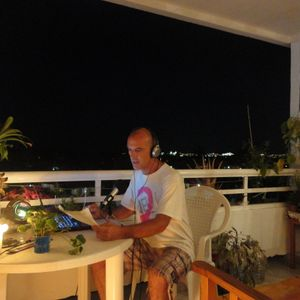 """Something A Little Bit Canarian  --  """"chez Phill""""   27 Jan 2013"""