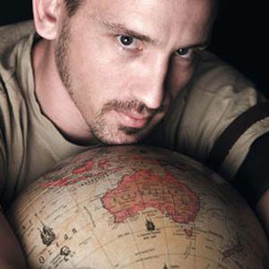 2011 - Mike Kelly - housalicious 320