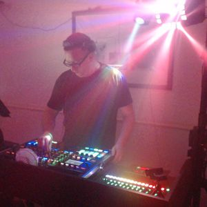Stevie double U live @ Da clun bunker 22nd August 2015