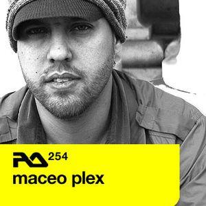 RA.254 Maceo Plex   11.04.2011