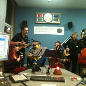 Doc Mason Show 19.12.13 Part 2 Features The Palmerston Ukulele Band