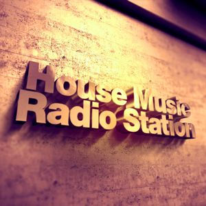 SUNDAY SENSATION 21 House Music Radio Station MiKel CuGGA ( LIVE)