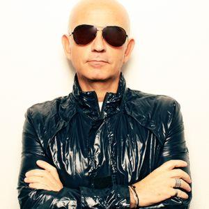 "DJ LOVERS SHOW ""Nello Simioli"" Italian interview + 1 hour dj set November 2011"